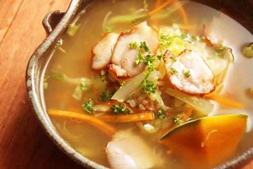 ベーコンと野菜と塩麹のスープ
