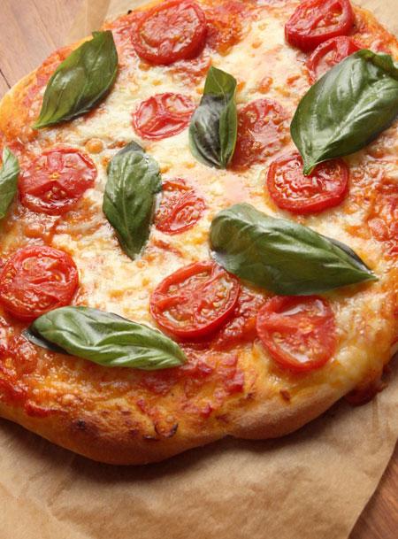 ふっくらタイプのピザ