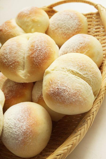 セモリナ粉のパン