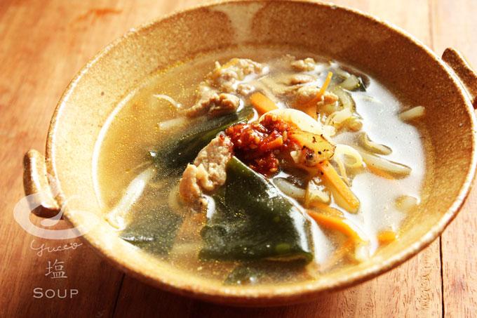 もやしのピリ辛中華スープ