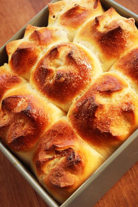 レーズンバターシュガーちりぎパン
