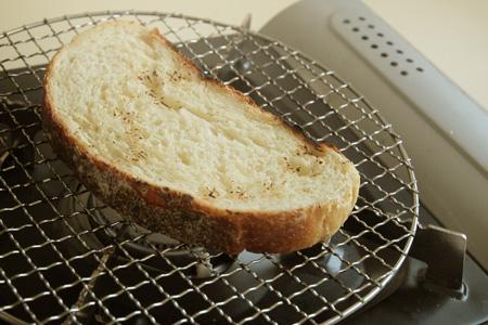 栗原はるみ捏ねないパン直火