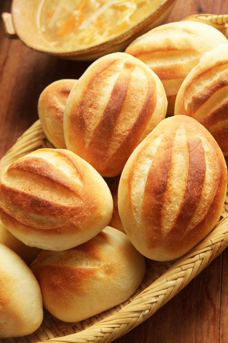 スキムミルク入パン