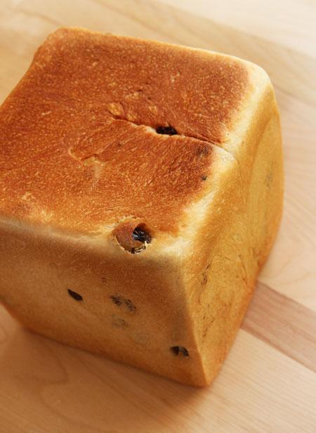 レーズン角食パン