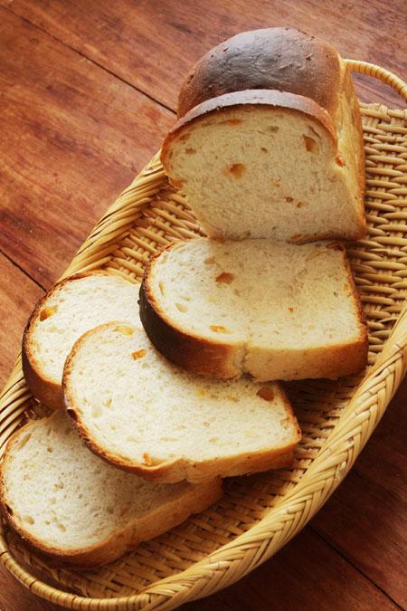 全粒粉のオレンジピールミニ食パン
