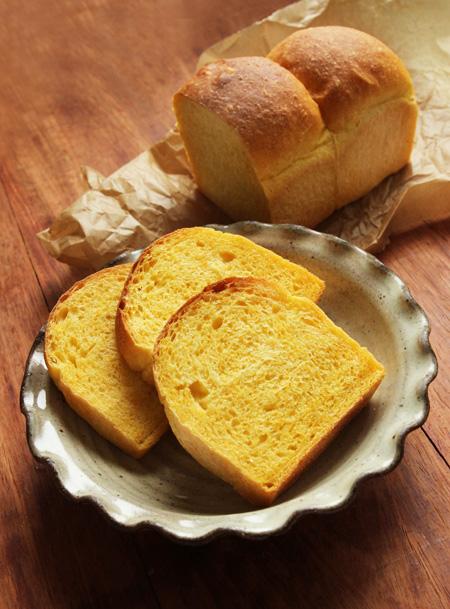 にんじんミニ食パン