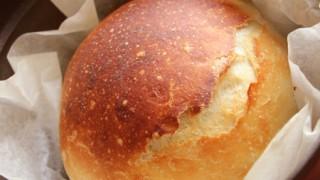 今話題の「ストウブで焼くこねないパン」を作ってみた