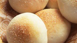 砂糖の有無はパンの仕上りにどう影響するのか